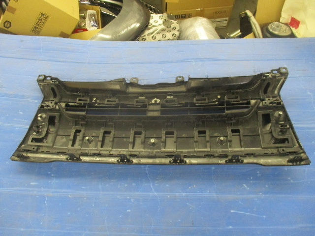 Unknown - Used! Front Grill for 200 series Hiace (model 4)